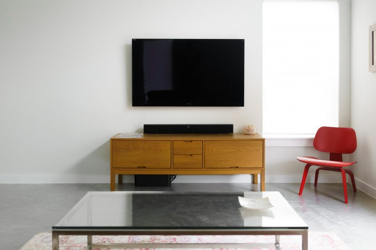Why In-House TV May Be Harming Your Residents